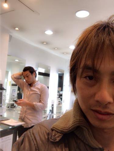 美容師が考えるお客様の目線とは〜みたいなミーティング。その辺が大事なんですがなかなか目線変えるのが難しいですよね(^_^;)