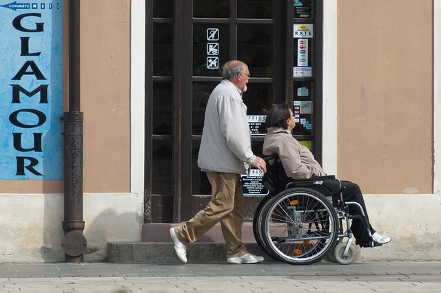 いつから?だれが?どんな事?【後期高齢者医療制度】と【介護保険制度】の簡単まとめ!
